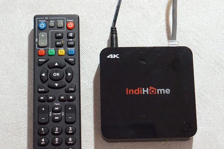 Layanan komunikasi dan data, seperti telepon rumah, internet, dan televisi Indihome dari Telkom.