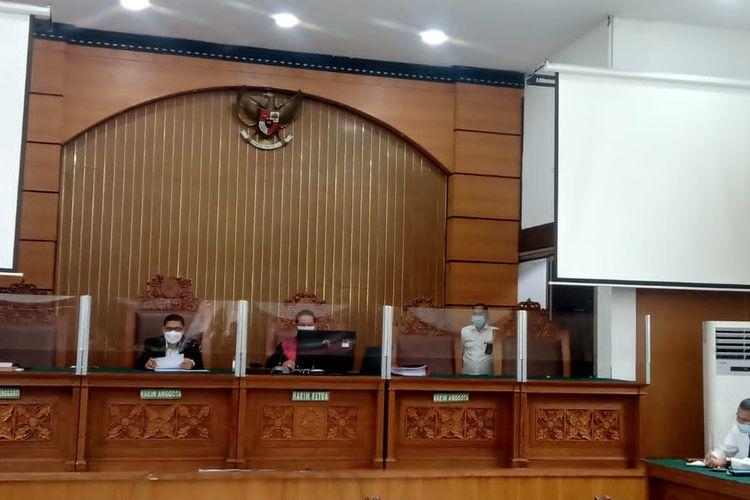 Sidang gugatan praperadilan Rizieq Shihab terkait penangkapan dan penahanan di Pengadilan Negeri Jakarta Selatan pada Rabu (17/3/2021).