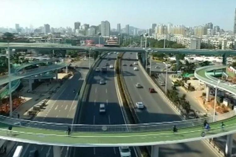 Jalan sepeda layang terpanjang di dunia di Xiamen, China