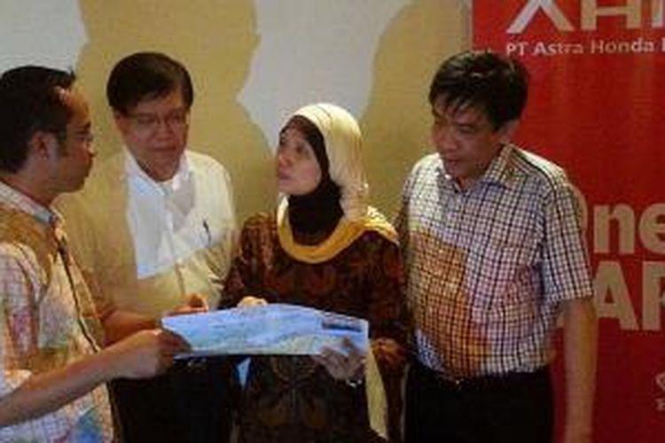 Direksi Astra Honda Motor membuka Layanan Satu Hati Ramadhan 2014