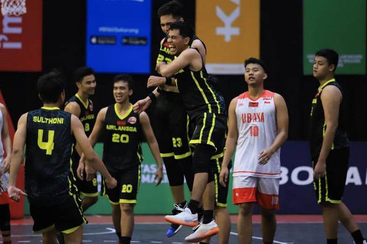 Sementara dari sektor putra  tim Universitas Airlangga sukses merebut tampuk juara untuk kali ketiga  . Gelar tahun ini  ini diraih  usai  menundukkan juara bertahan  Universitas   Surabaya (Ubaya) dengan skor 46-35
