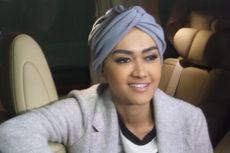 Melly Goeslaw: Jupe, Allah Telah Mengakhiri Segala Rasa Sakitmu