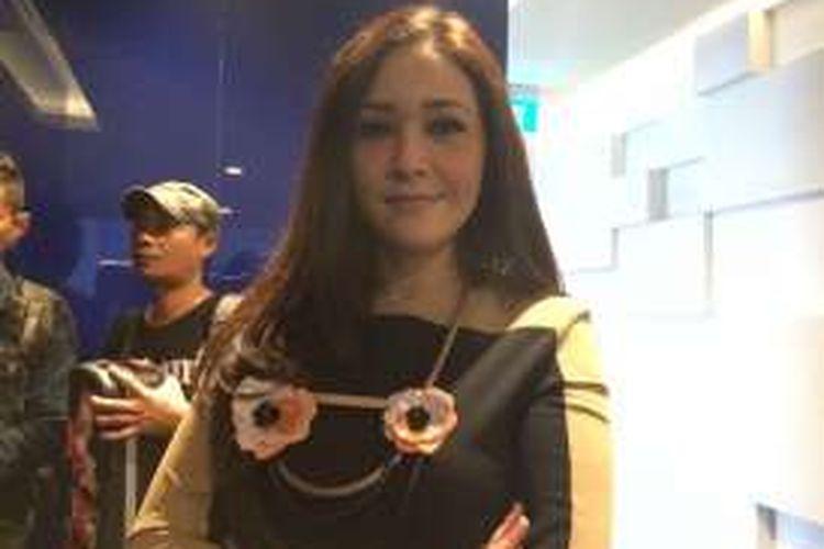 Maia Estianty Bantah Kabar Ada Proyek Musik Dengan Pinkan Mambo
