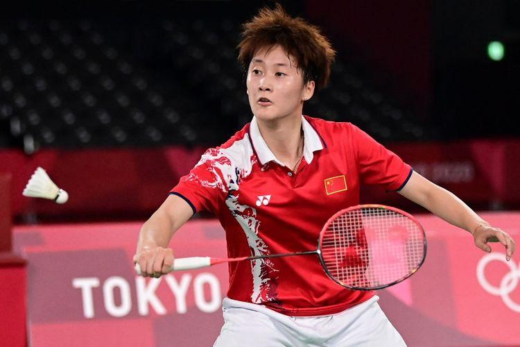 Tunggal Putri China, Chen Yu Fei, saat melawan Tai Tzu Ying (Taiwan) pada final Olimpiade Tokyo 2020 di Musashino Forest Sport Plaza, Minggu (1/8/2021).