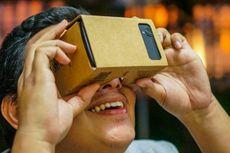 Asyiknya Menjajal Kacamata Kardus Google