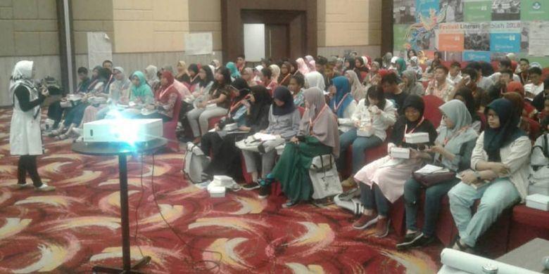 Direktorat Pembinaan Sekolah Menengah Atas (PSMA) Kementerian Pendidikan dan Kebudayaan menggelar Festival Literasi Sekolah (FLS) ke-4 yang berlangsung sejak Jumat 26-31/10/2018 di Sentul, Bogor, Jawa Barat.
