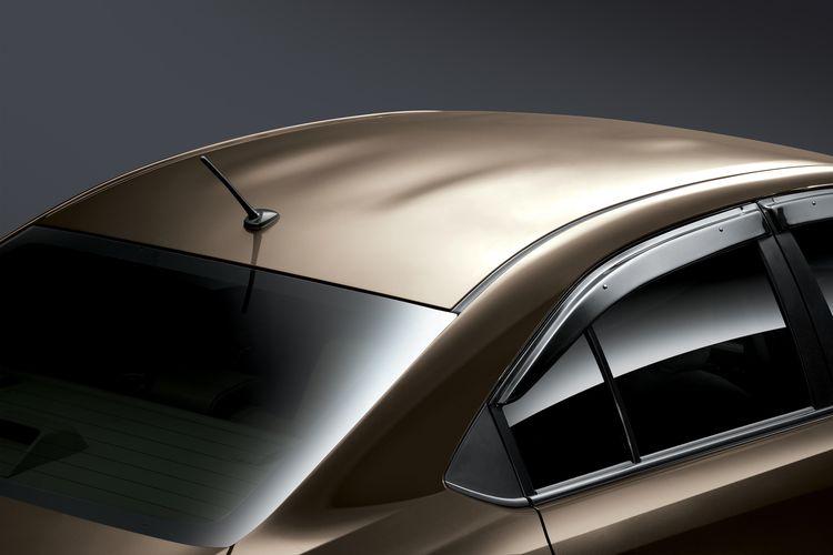 Catamaran Roof Design pada Toyota Vios
