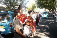 Hari Kartini, Polisi Pun Pakai Baju Adat