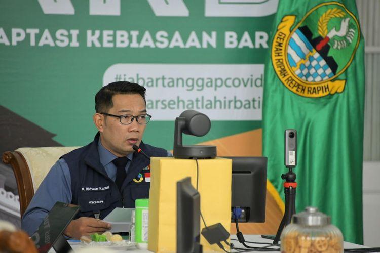 Ketua Gugus Tugas Percepatan Penanggulangan Covid-19 Jabar Ridwan Kamil, dalam Rapat Dengar Pendapat dengan Komite I DPD RI via video conference, di Gedung Pakuan, Kota Bandung, Selasa (7/7/2020).