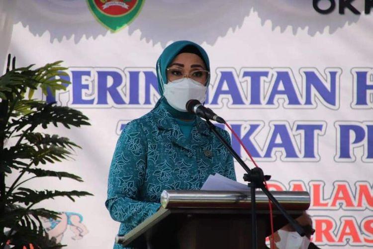 Istri Gubernur Maluku, Widya Murad Ismail.