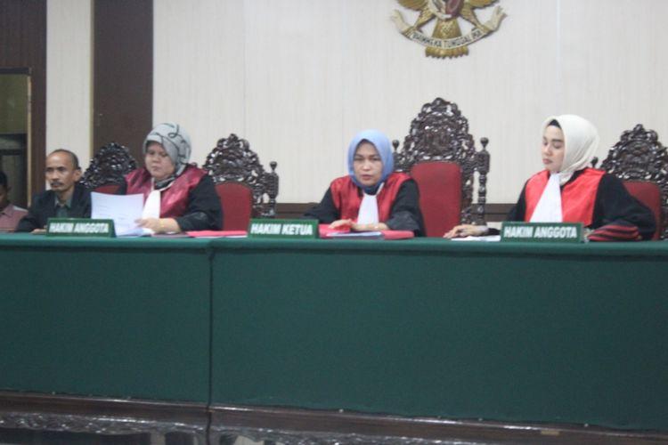 Pengadilan Negeri Bangkinang membacakan vonis terkait kasus pidana pemilu pencoblosan 20 surat suara di Kabupaten Kampar, Riau.