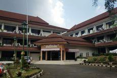 Anggota TNI hingga Satpol PP Bantu Pengamanan Tempat Isolasi Mandiri Pasien Covid-19 di Graha Wisata