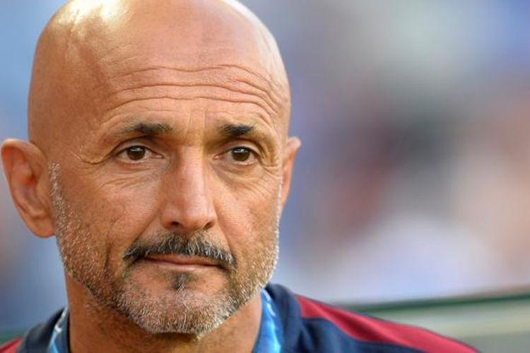 Pelatih AS Roma, Luciano Spalleti, menjalani partai kontra FC Porto pada play-off pertama Liga Champions di Stadion Dragao, 17 Agustus 2016.