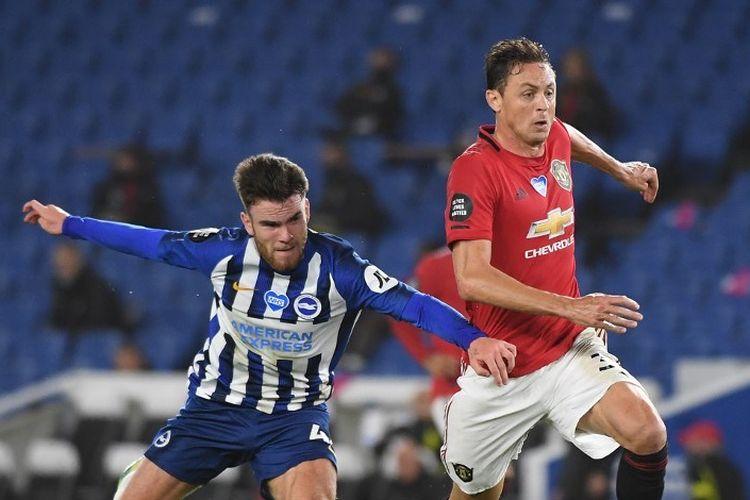 Gelandang Manchester United, Nemanja Matic, beraksi pada laga Liga Inggris kontra Brighton pada Rabu (1/7/2020) dini hari WIB.