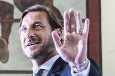 Tak Rela Rival AS Roma Berjaya, Totti Doakan Lazio Segera Terpuruk