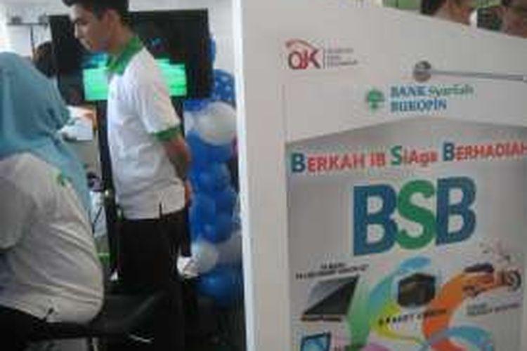 Salah satu program Bank Syariah Bukopin, Berkah iB Siaga Berhadiah saat pergelaran Keuangan Syariah Fair (KSF) di Gandaria City Jakarta, 3 Maret 2016 hingga 6 Maret 2016.