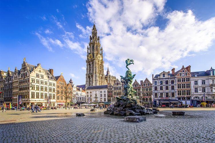 Ilustrasi Belgia - Kota Antwerp yang ramah akan pesepeda.