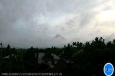 Status Siaga, Gunung Soputan Keluarkan Asap hingga 100 Meter dari Puncak