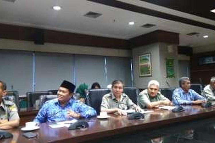 Konfrensi Pers Kementerian Pertanian terkait benih padi hibrida impor berbahaya di Kantor Pusat Kementan, Ragunan, Jakarta, Senin (19/12/2016).