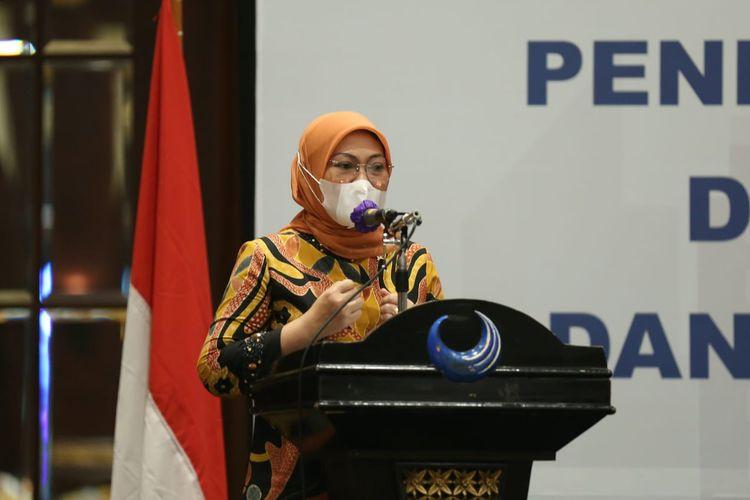 Menaker Ida Fauzia dalam Rakor Evaluasi Kinerja Penempatan dan Perlindungan P3MI dan sosialisasi Peraturan P3MI di Jakarta, Senin (9/11/2020).