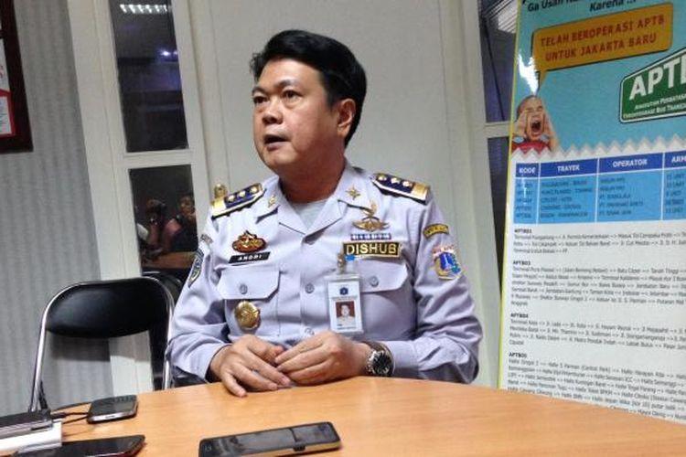 Kepala Dinas Perhubungan dan Transportasi DKI Jakarta Andri Yansyah di kantornya, Tanah Abang, Jakarta Pusat, Senin (7/3/2016).