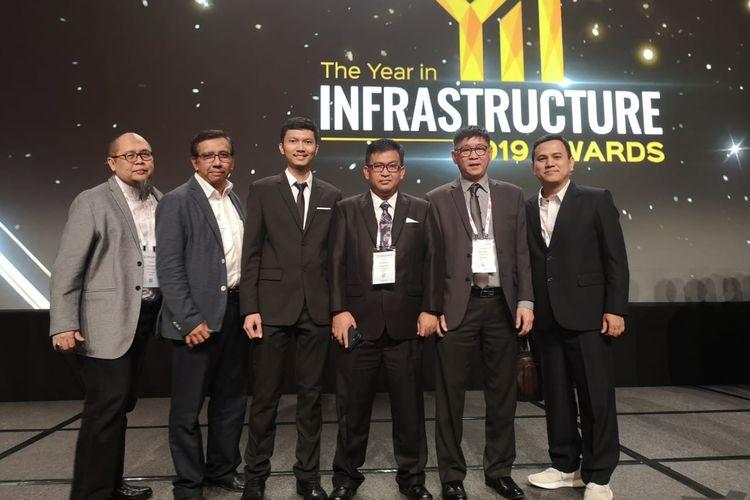 PT Wijaya Karya (Persero) Tbk atau Wika meraih juara pertama kompetisi infrastruktur internasional, International Year in Infrastructure 2019, di Singapura, Kamis (24/10/2019) malam.