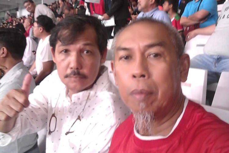 Mantan pemain Persija dan Timnas Indonesia, Dede Sulaeman, saat menyaksikan Garuda bermain lawan Malaysia di Stadion Gelora Bung Karno, Jakarta, pada ajang Kualifikasi Piala Dunia 2022 Zona Asia, Kamis (5/9/2019).