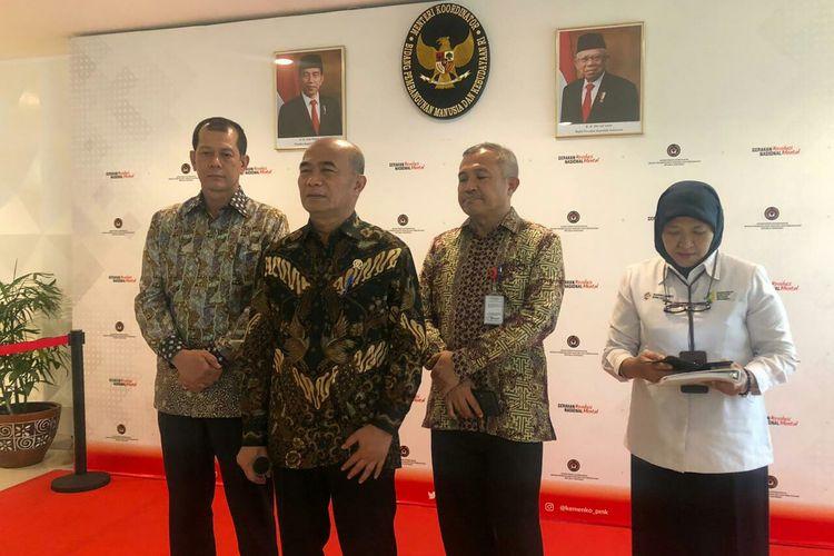 Kepala BNPB Doni Monardo dan Menko PMK Muhadjir Effendy saat konferensi pers soal virus corona