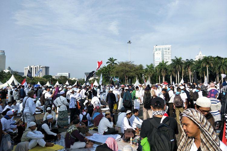 Suasane Reuni 212 di Monas, Jakarta Pusat, Senin (2/12/2019)