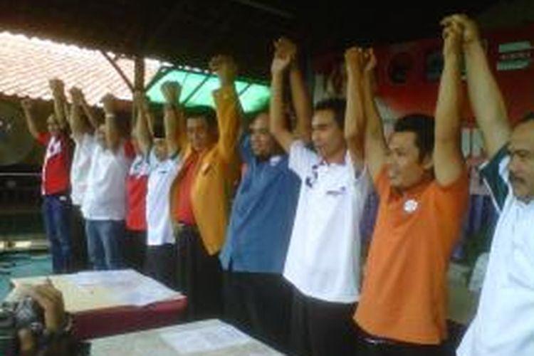 Sejumlah pimpinan partai pengusung Jokowi-JK di Kabupaten Semarang menggelar deklarasi tim pemenangan Jokowi-Jk, di Ungaran, Minggu (8/6/2014).