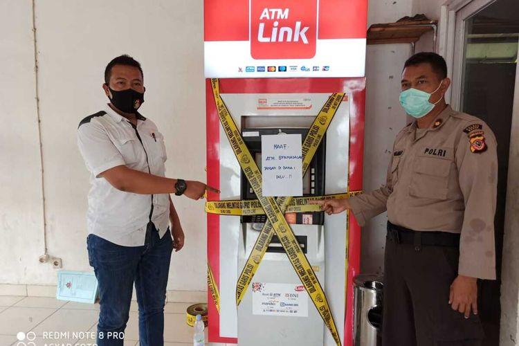 Kepala kepolisian resor Bogor Cileungsi menjadi korban penipuan dengan modus ganjal ATM ketika hendak menarik uang tunai pada hari Rabu (3/6/2020) pagi.