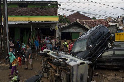 Banjir Mulai Surut, Ini Kisaran Biaya Perbaikan Mobil yang Kena Banjir