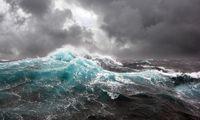 Waspada Gelombang Tinggi bisa Capai 4 Meter 3 Hari ke Depan