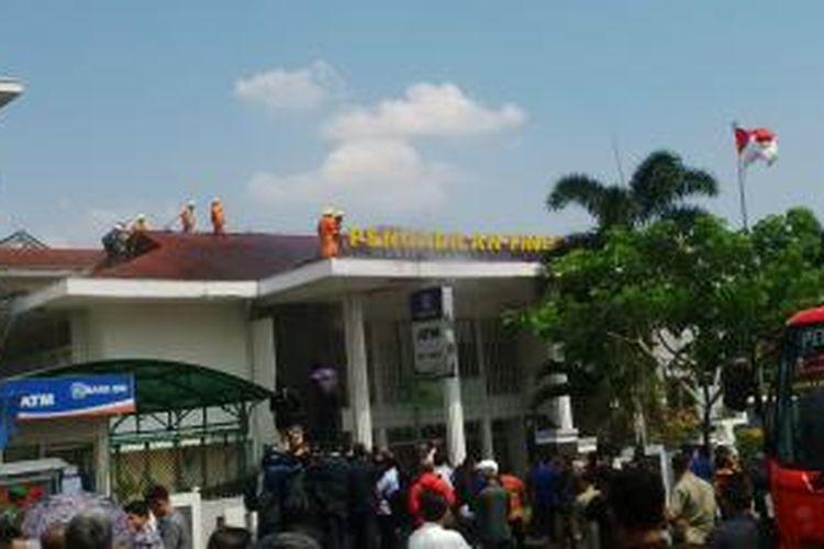 Pengadilan Tinggi Jabar di Bandung terbakar, Selasa (4/11/2014).