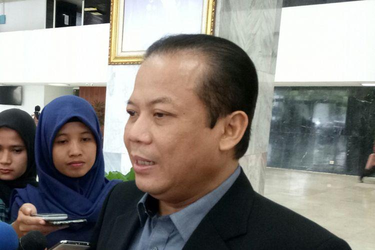 Wakil Ketua DPR Taufik Kurniawan di Kompleks Parlemen, Senayan, Jakarta, Selasa (10/10/2017)