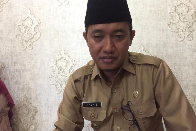 Wakil Bupati Pamekasan, Rajae meminta pemerintah untuk menunda rencana penghapusan BBM jenis Premium dan Pertalite karena kondisi ekonomi masyarakat masih sedang tidak stabil.