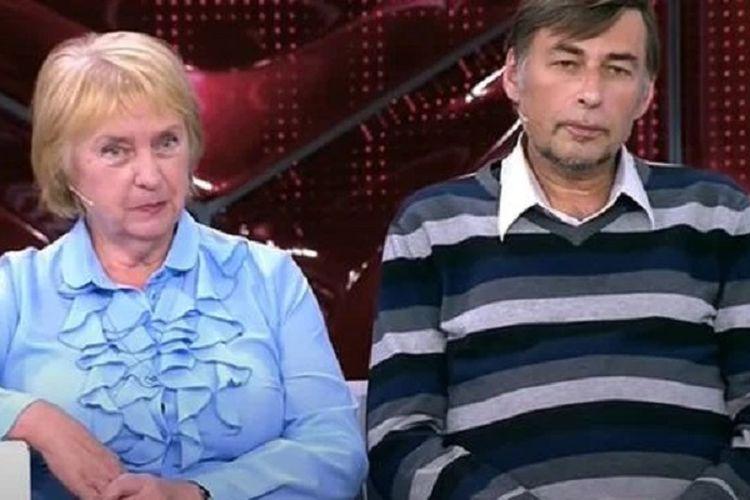 Istri Berselingkuh, Pria 52 Tahun Ini Menikah dengan Eks Ibu Mertua