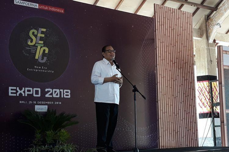 Menteri Koperasi dan Usaha Kecil Menengah (Menkop dan UKM) Anak Agung Ngurah Puspayoga pada acara pembukaan Sampoerna Entrepreneurship Training Center (SETC) Expo di Denpasar, Bali, Sabtu (15/12/2018).