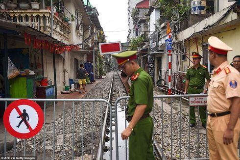 Sejumlah Turis Tolak Penutupan Jalur Kereta Instagramable di Vietnam