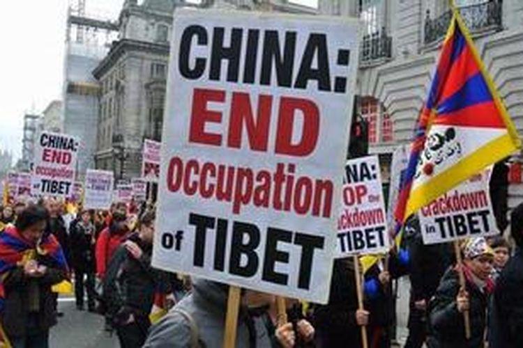 Salah satu unjuk rasa anti-pendudukan China di Tibet.