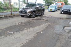 Warga Berharap Jalan I Gusti Ngurah Rai Bekasi yang Berlubang Segera Diperbaiki
