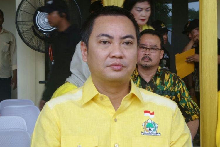 Ketua DPD DKI Jakarta Partai Golkar, Fayakhun Andriadi di Kantor DPP Partai Golkar, Slipi, Jakarta Barat, Jumat (10/3/2017).