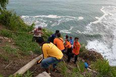Dramatis, Evakuasi Pemancing Terseret Ombak, Jasad Ditemukan di Goa Tepi Laut