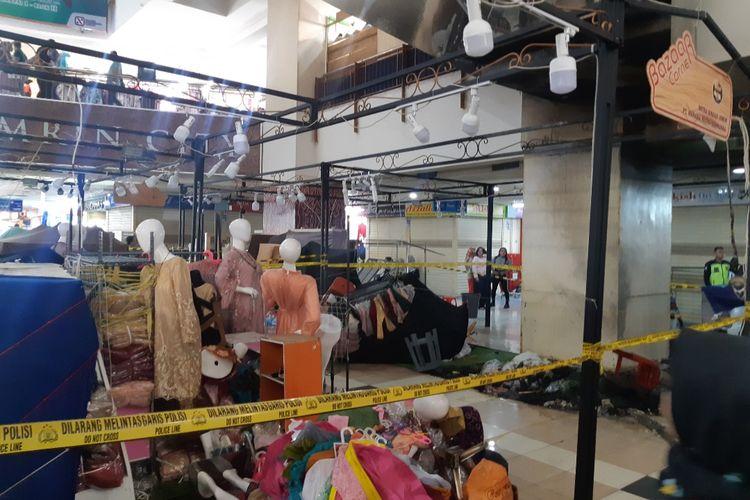 Kebakaran terjadi di beberapa stand atau lapak pakaian yang berada di lantai dasar Thamrin City, Jakarta Pusat, Kamis (27/2/2020) pagi