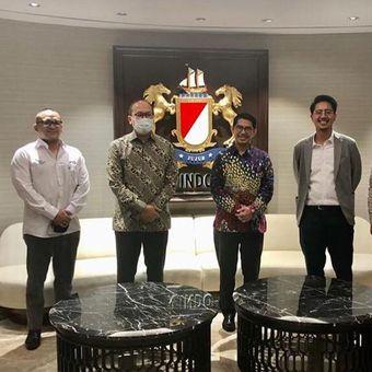 Penulis Azka Aufary Ramli (paling kanan) merupakan Wakil Sekertaris Jenderal Ekonomi Kreatif DPP AMPI dan Sekjen Bakornas Fokusmaker.