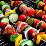 Cara Bakar Sayuran buat BBQ di Rumah, Nggak Cuma Daging