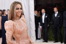 Beyonce Hamil Anak Kembar