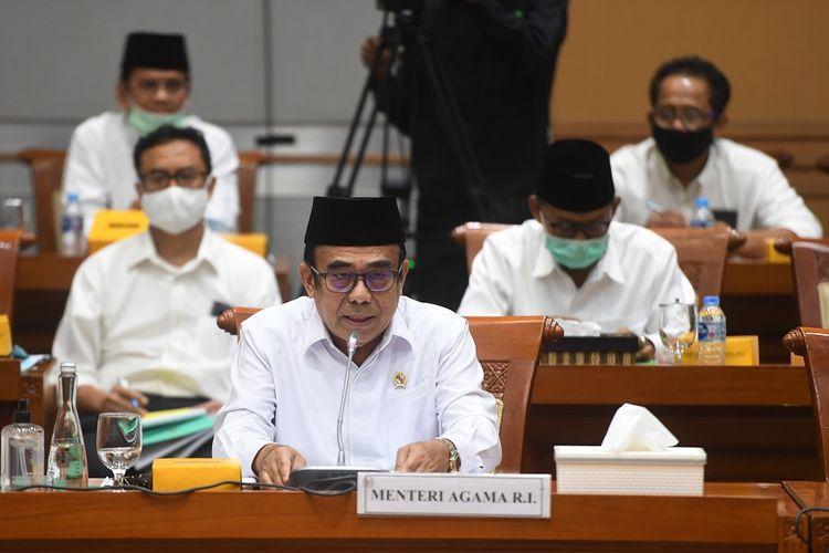 Menteri Agama Fachrul Razi mengikuti rapat kerja dengan Komisi VIII DPR di Kompleks Parlemen, Senayan, Jakarta, Selasa (7/7/2020). Rapat itu membahas mekanisme pembatalan keberangkatan jemaah haji dan evaluasi kinerja dan anggaran program penanggulangan COVID-19 di madrasah dan pesantren. ANTARA FOTO/Akbar Nugroho Gumay/foc.