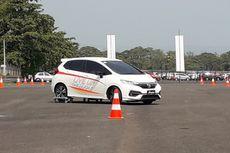 Belajar Cara Berkendara di Jalanan Sempit ala Honda