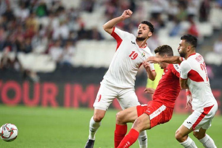 Hasil imbang tanpa gol melawan Yordania pada laga pamungkas Grup B Piala Asia 2019, Selasa (15/1/2019), menjaga asa peluang Palestina lolos ke babak 16 besar.